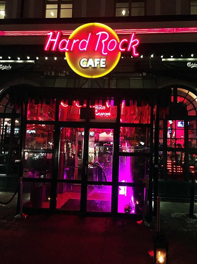 After Mess på Hard Rock Café